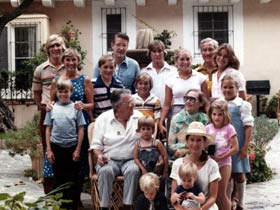 Walter and Kay O'Malley at a family gathering in the summer of 1978, which includes their daughter Terry and son Peter. Terry's husband Roland Seidler (back right), Peter's wife Annette (front right) and 12 O'Malley grandchildren are present.