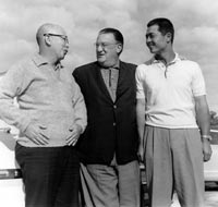 Sotaro Suzuki, Walter O'Malley and Japanese all-time home run leader Sadaharu Oh of the Yomiuri Giants.