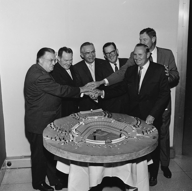 (L-R) Walter O'Malley, Los Angeles Mayor-Elect Sam Yorty, Chad McClellan, Los Angeles Mayor Norris Poulson, Angels co-Owner and President Robert Reynolds and Angels co-Owner Gene Autry view a Dodger Stadium model in 1961.